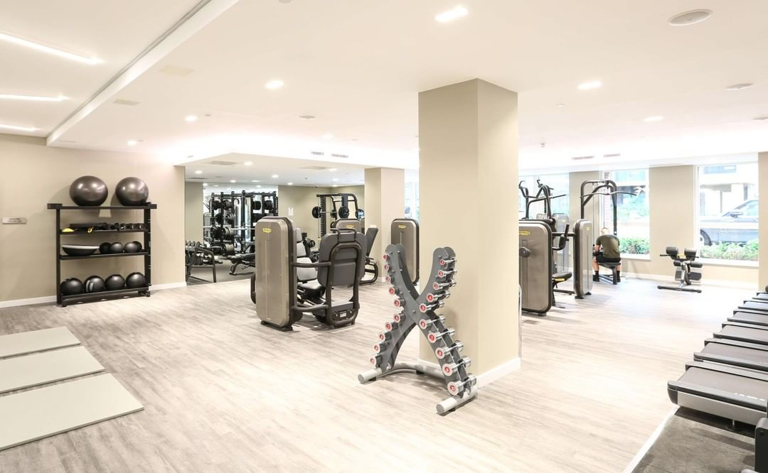 motive8 was chosen to design, supply and install a ground floor residential gym for client @redrowhomes at Colindale Gardens – a unique residential development in the heart of North West London. Keen to know more? Head to our link in bio to check out our brand-new case study! #residentialgym #gymdesign #fitness #exercise